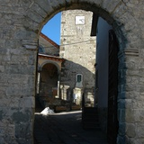 Careggine, porta