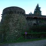 Fort of Camporgiano, walls